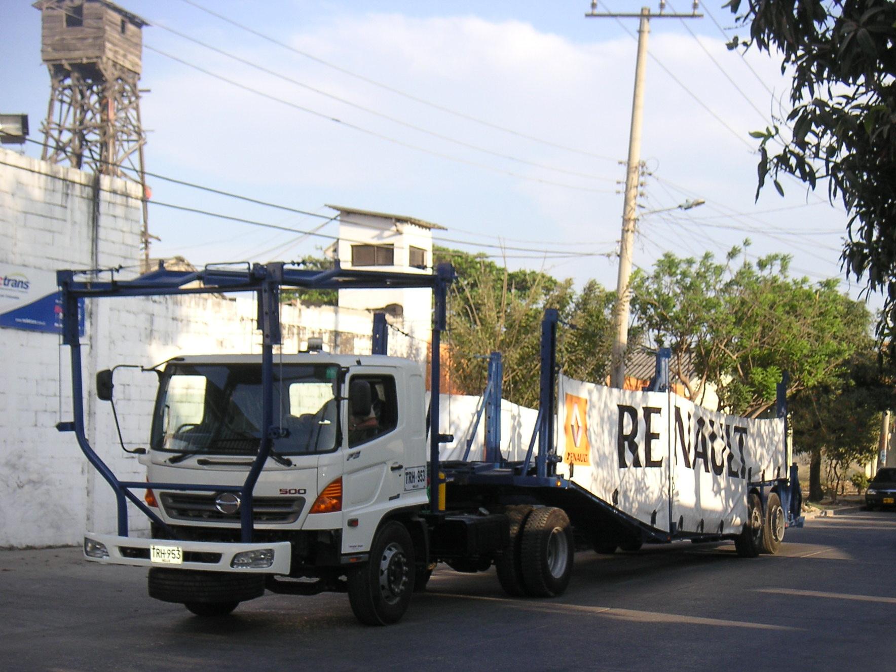 Niñeras para Transporte de Vehículos Renting Colombia, Sofasa -