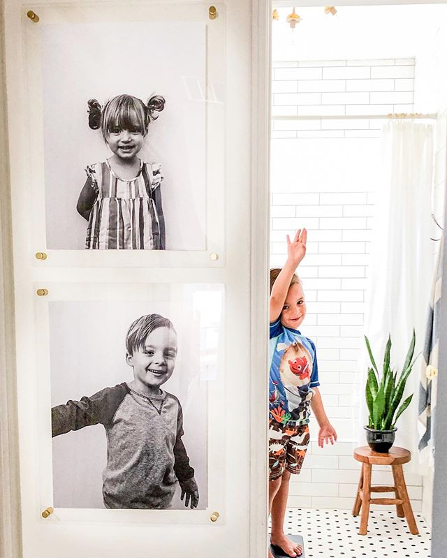 Off to somewhere fun today!🐬We were able to finish one home project over the weekend and finally got our @arttoframes pictures up! I love seeing their sweet faces on the wall every time I go to their rooms!