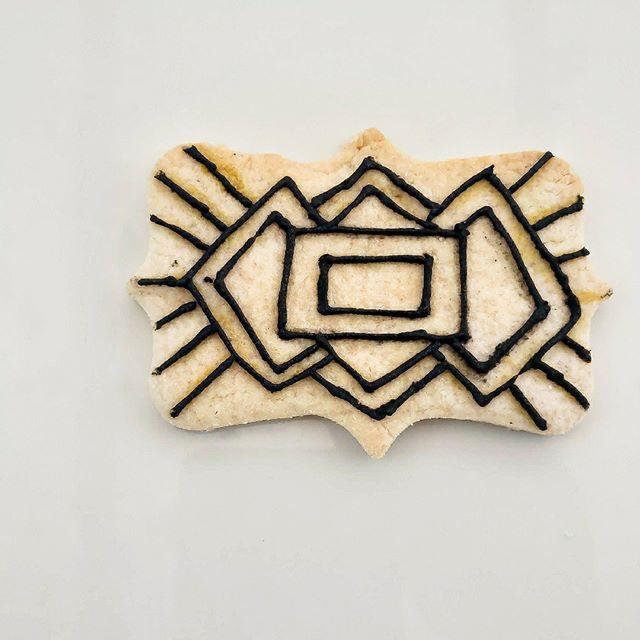 A semi naked cookie of sorts...⠀ ⠀  #customcookies #eat #tasty #desserts #baking #baker ⠀  #cookies #cookies🍪 #cookiesofinstagram❤️ #cookieart #marble #photogram 🍴 #food #foodofinstagram #foodie #toptags #instafood  #toptags #cookietrends #cookiedecorating #sweettreats