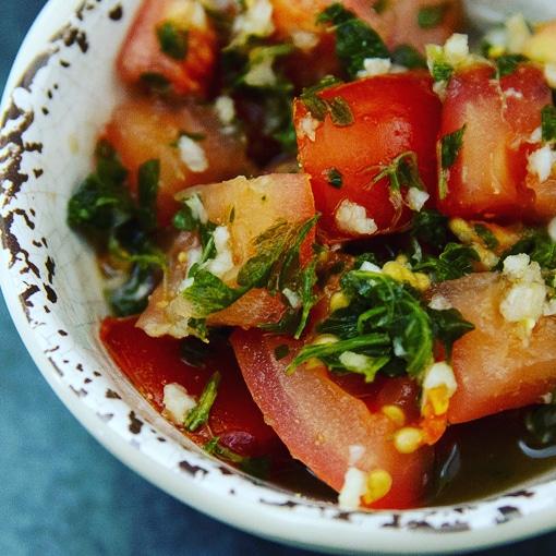 Tomato Garlic Salad