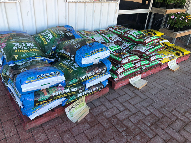 Potting Mixes, Compost and Fertilisers -