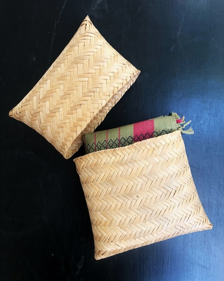 New Risha woven in eucalyptus fibre (Tencel) in packaging made from bamboo strips.