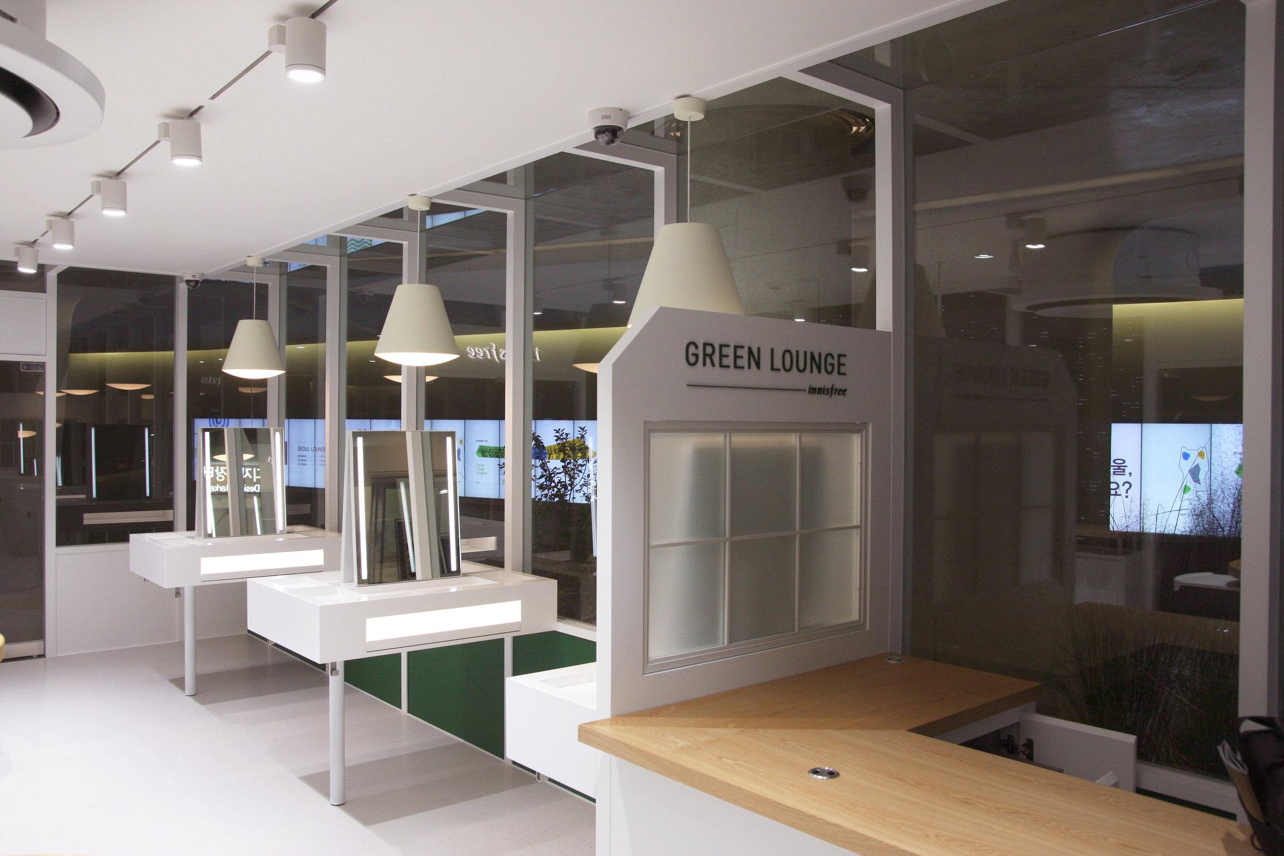 Dongdaemun Design Plaza-2.jpg