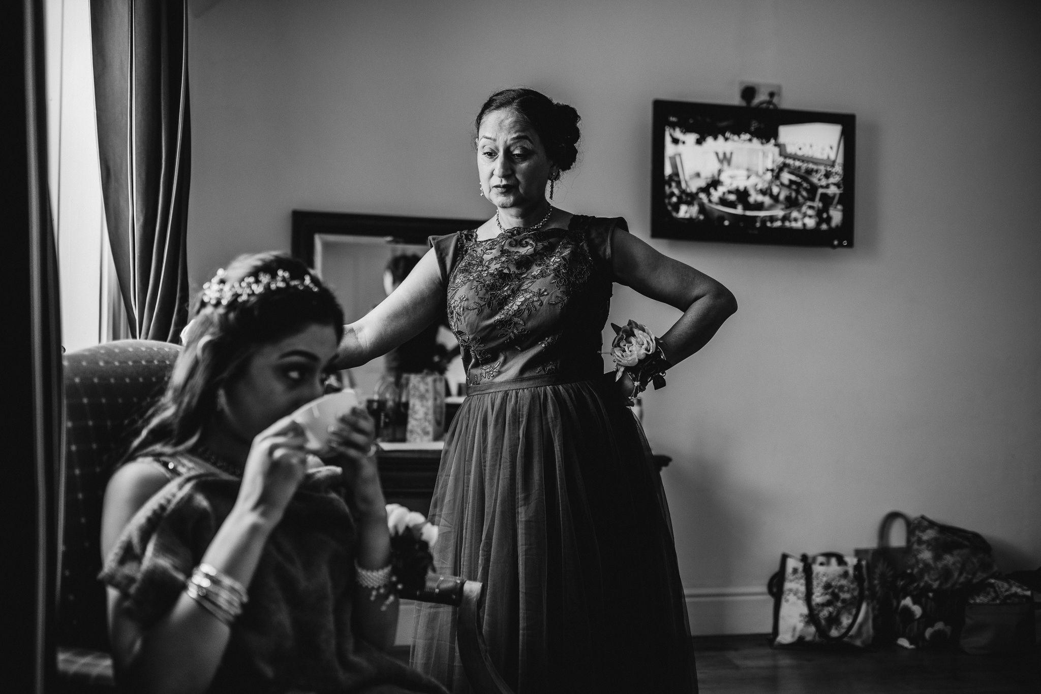 yorkshire-bridal-prep-photos-4.jpg