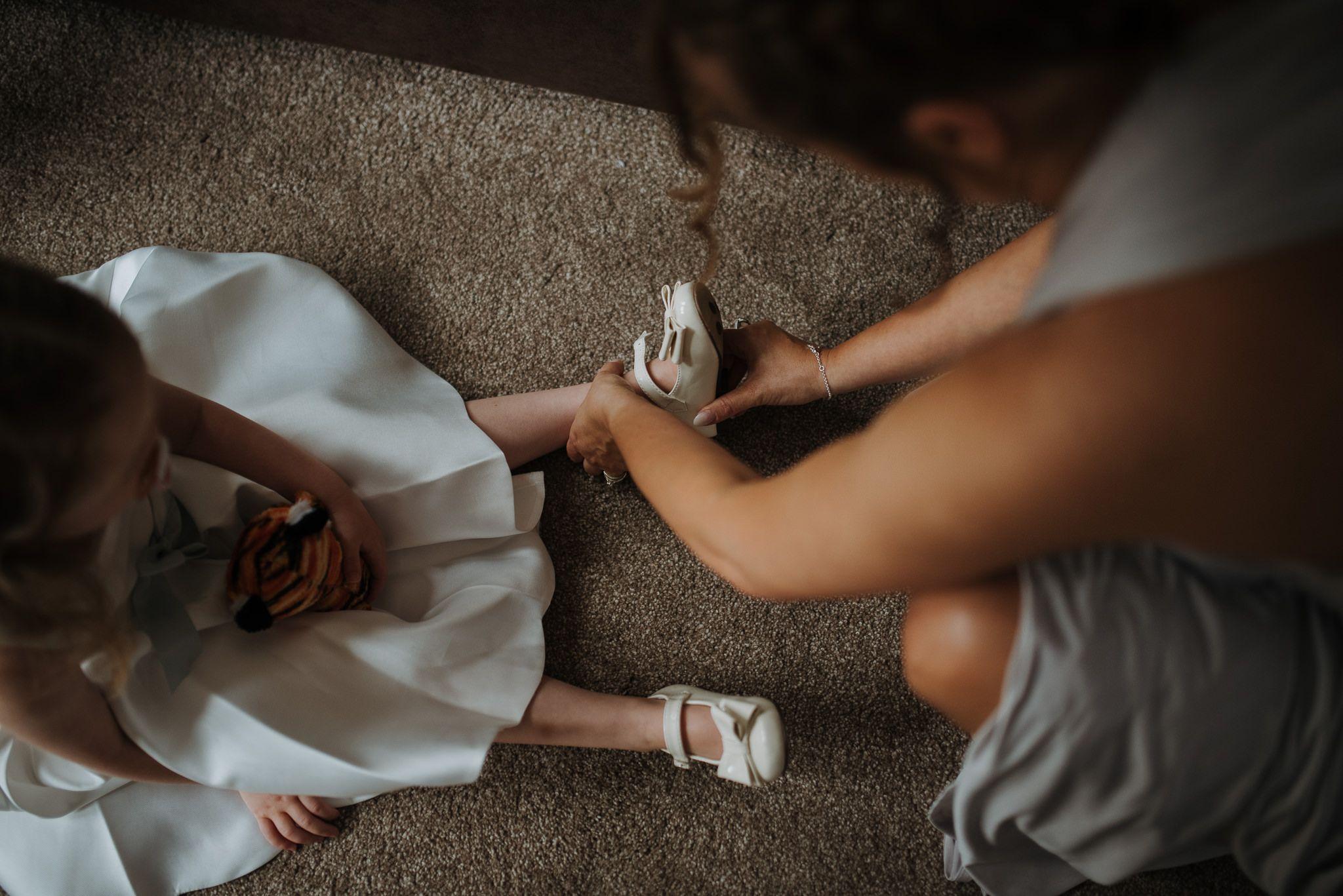 yorkshire-bridal-prep-photos-6.jpg