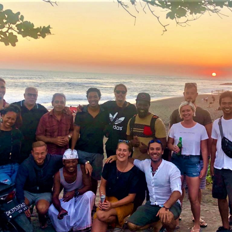 Let's Support a Local Business! - As part of our mission to connect locals and expats to the local community, we held an event to support Warung Stories Beach Bar, a local, social-missioned eatery. This establishment, owned by a warm-hearted…