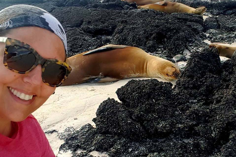 Rachelle perves on some sea lions in the Galapagos @ Rachelle Mackintosh / Faunographic.com