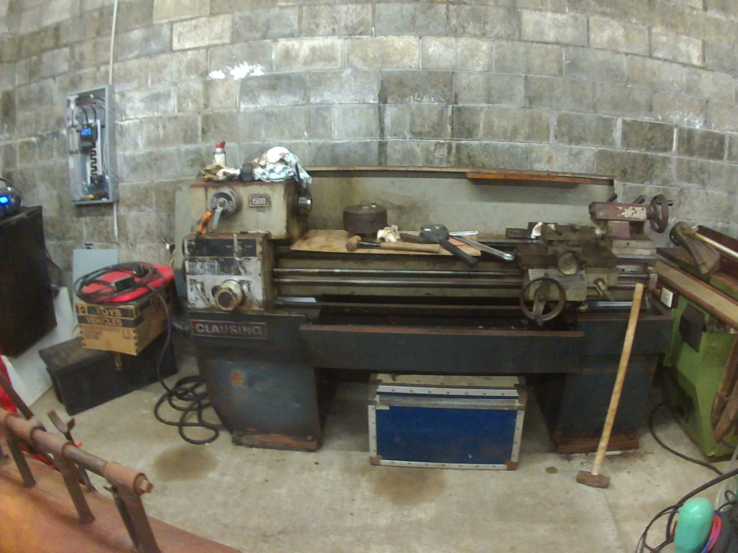 1972 Clausing 1500 lathe being TLC'd back into service