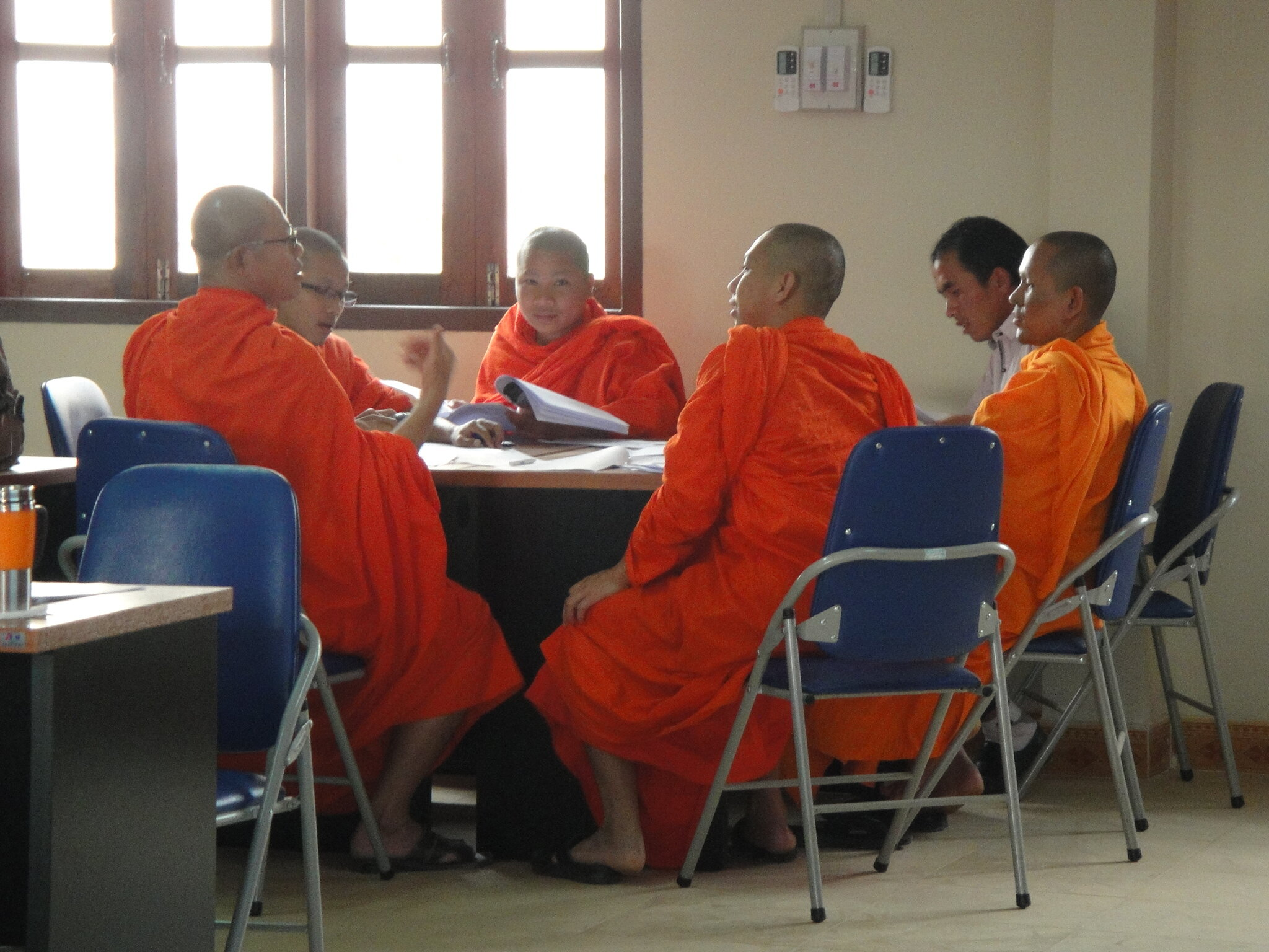 Working group exercise of Monks during counselling training inXeingkhouang Province in March 2016.JPG