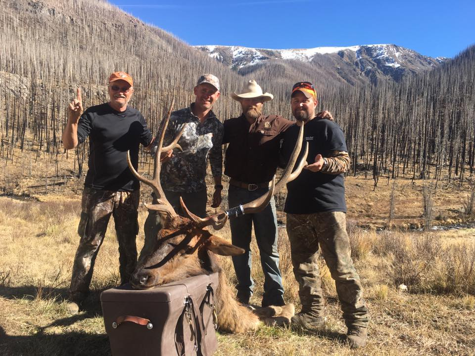 We had a great final week of the 2017 elk season. Thanks to  Eric Eckart  and his dad Steve for coming to hunt with us! Eric took this great 6 x 7 bull on a very physically demanding hunt. The elk had moved about as high as they could go which made for tough hunting. But as the saying goes 'The harder the work, the greater the triumph!' Congratulations Eric!