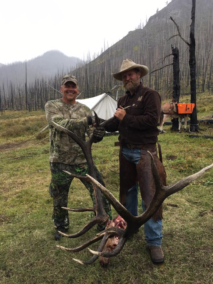 Thanks Jeff Scherr for hunting with 5 bar N Outfitters and giving us the opportunity to assist you on your elk hunt this year! Congratulations on taking an awesome archery bull!