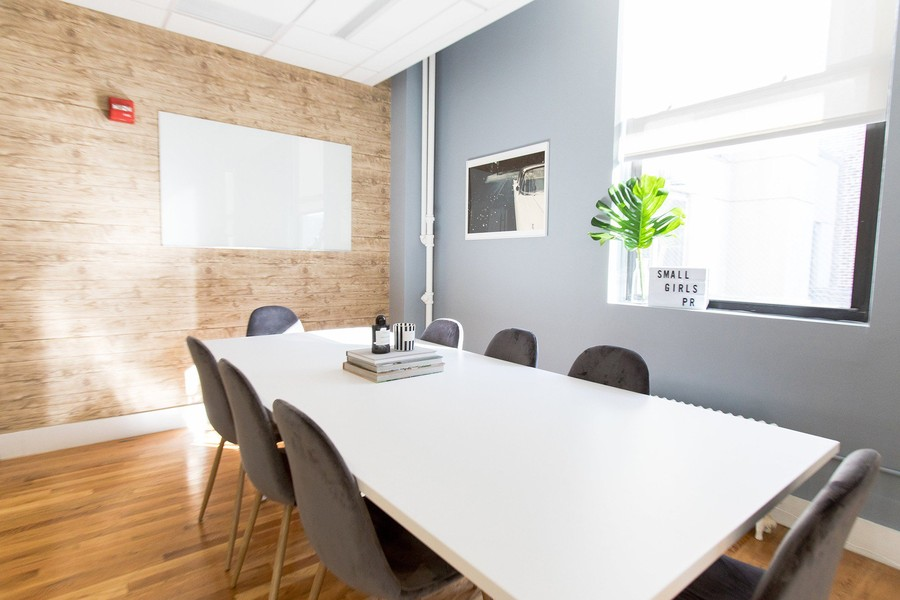 Located in SGPR's New York office, you will find this sleek and stylish conference room with incredible natural lighting.