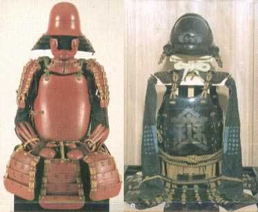 Two armours typical of those worn by retainers. On the left is a  hotoke dō,  and on the right an  okegawa dō.