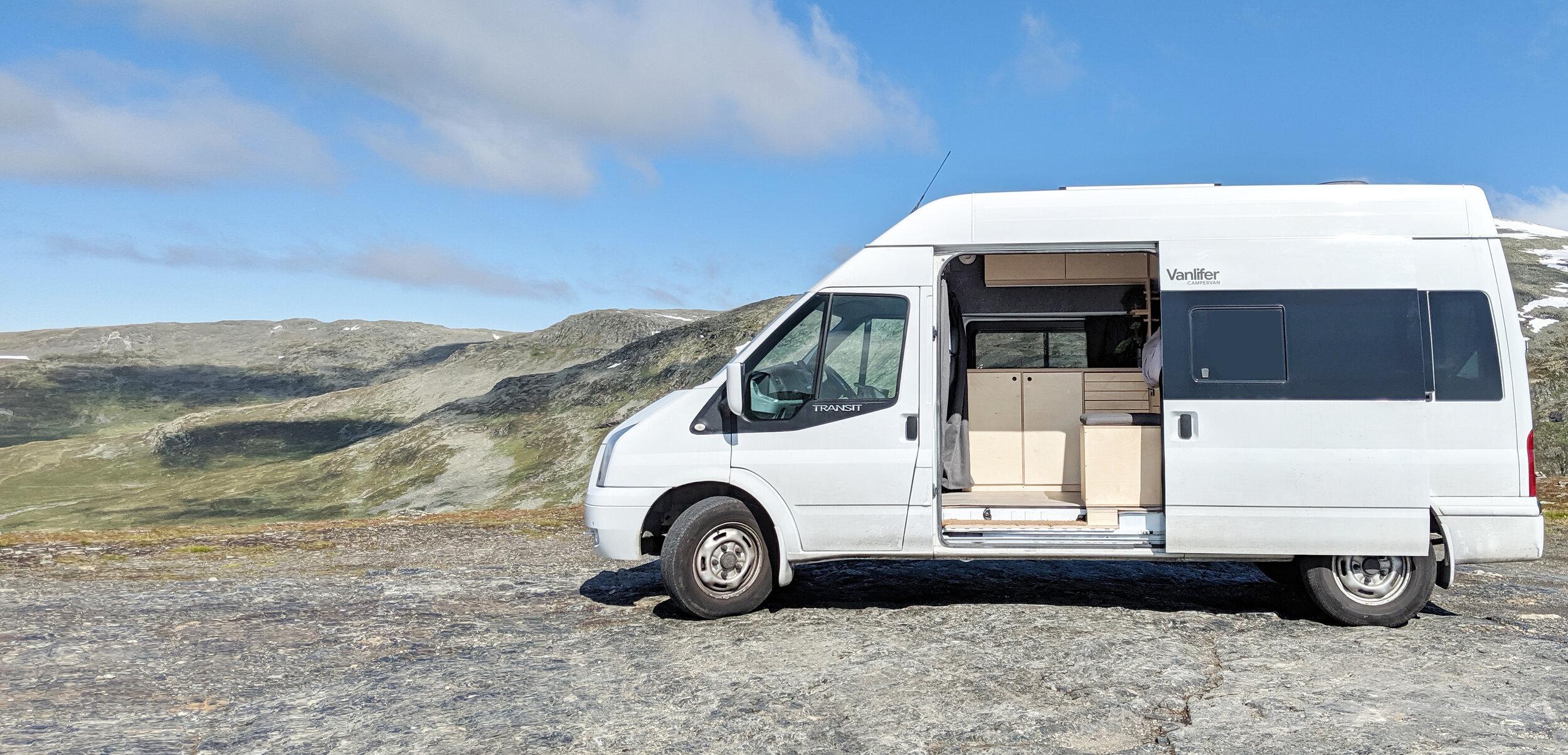 VANLIFER - Custom campervans and rentals