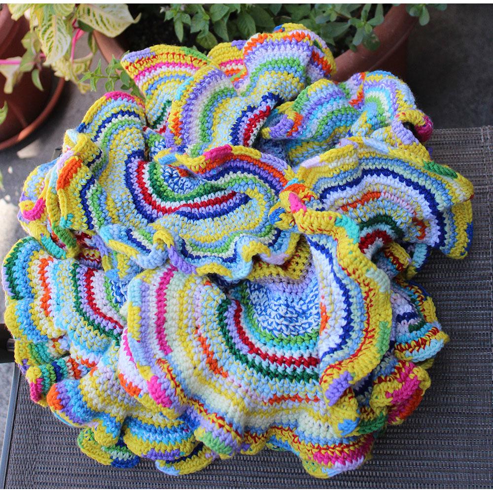Rainbow Experience (2015), diameter 41 cm, merino wool