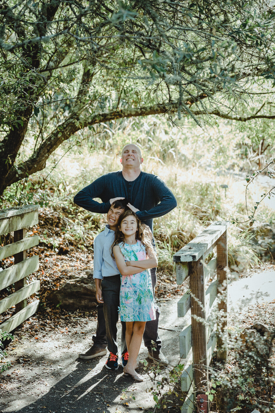 Authentic-connection-family-lifestyle-photography-childhood-san-