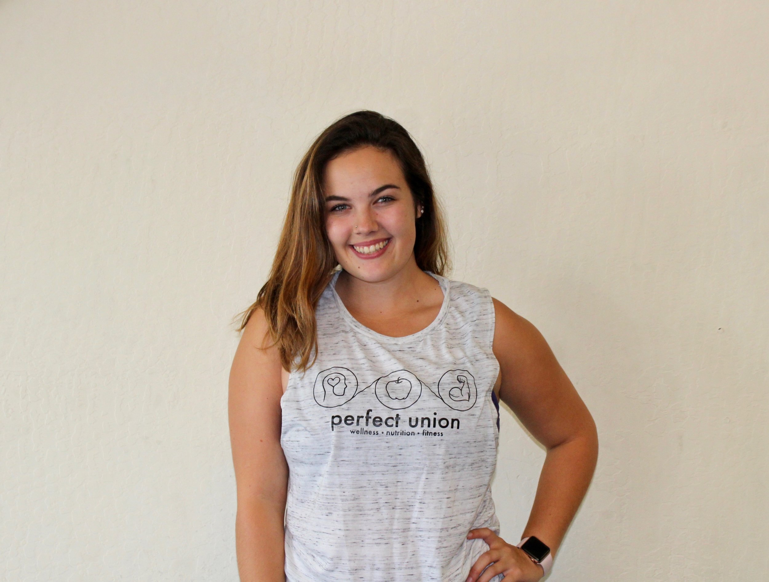 Caitlyn Verduzco    Nutrition Consultant,  Ace Certified personal trainer, ace certified group fitness instructor