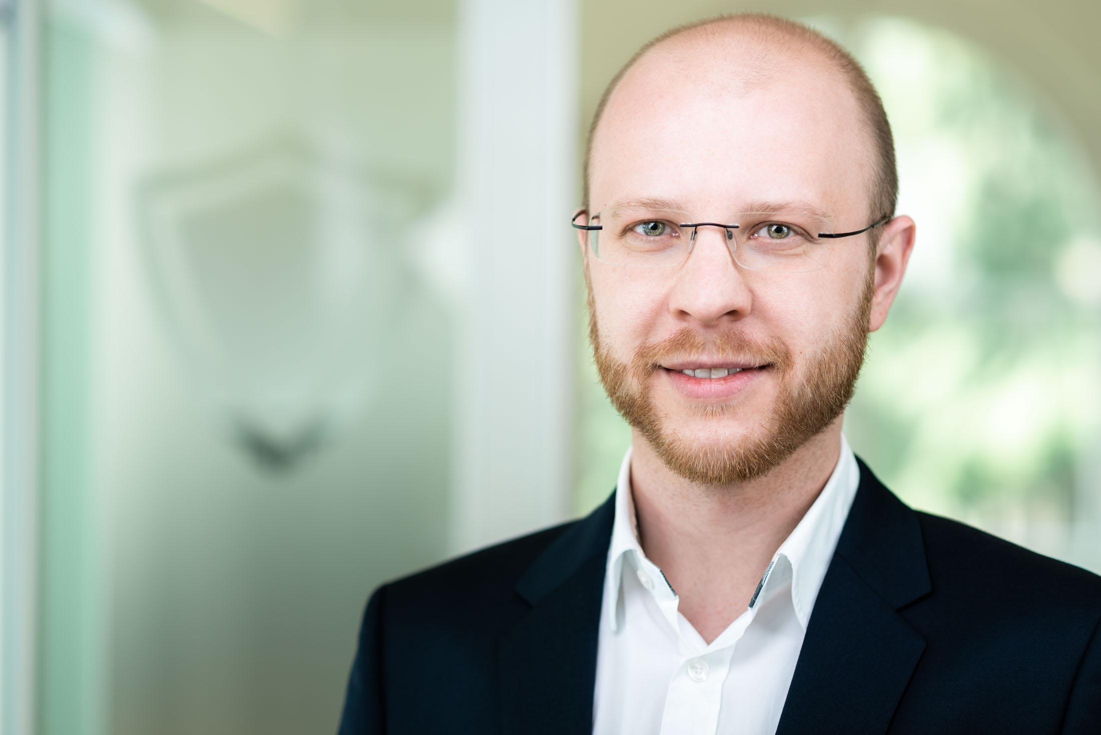 BP Networks Businessportrait Kärnten Mitarbeiterfotos Geschäftsführerportrait Rene Knabl Fotografie