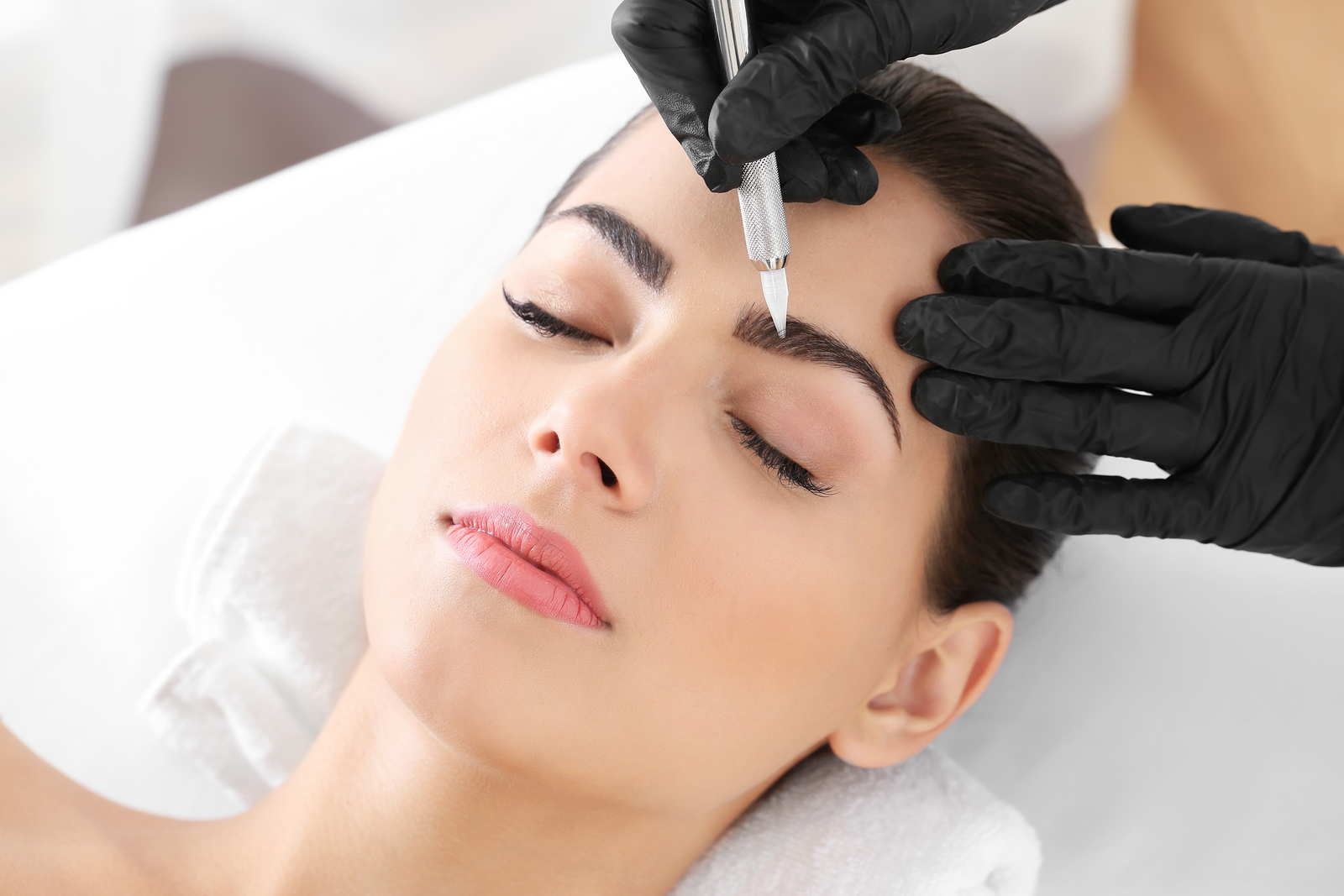 """beautiful brows - Brows are the frame of the face. But alas, not everyone is bestowed with bountiful natural growth, or have lost their brows due to chemotherapy or other medical conditions. Microblading is a semi-permanent """"tattooing"""" of hairlike strokes that help your recover the natural frame of your face."""