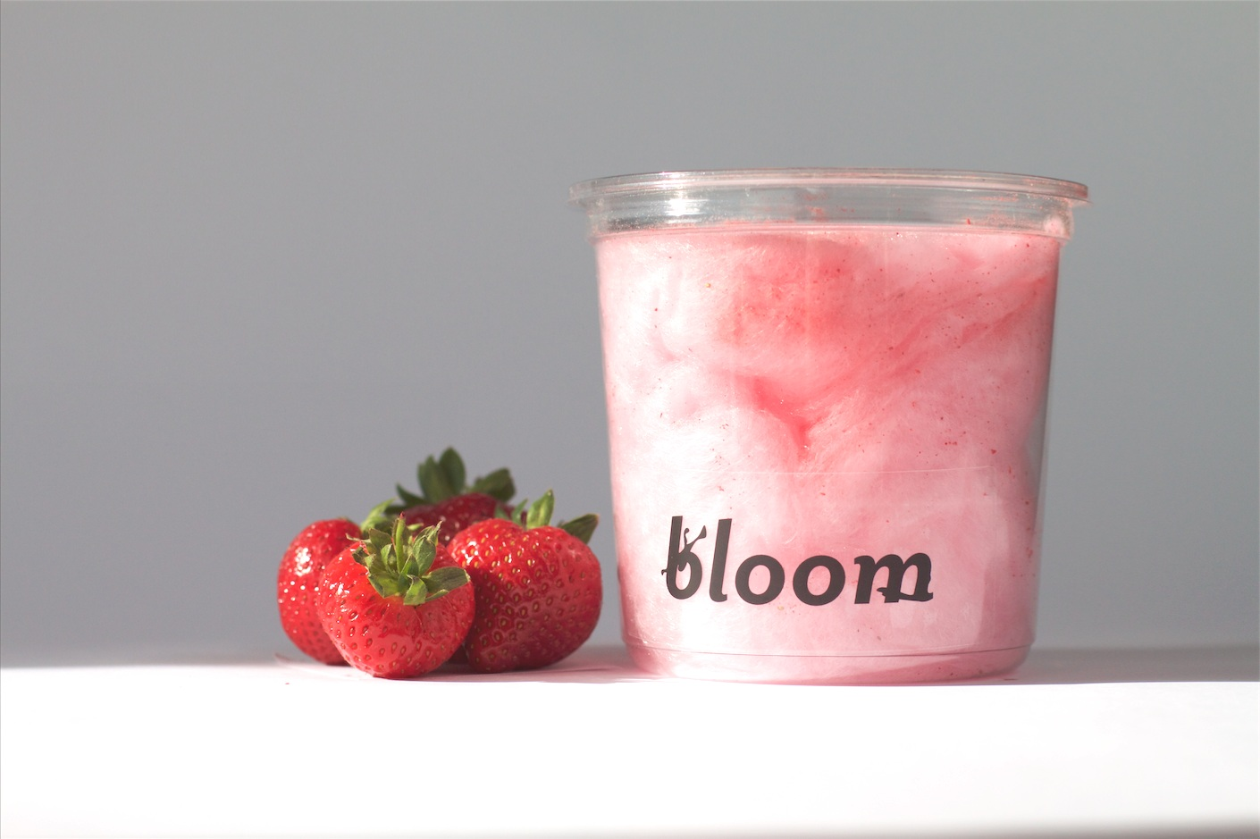 bloom_candyfloss_strawberry_organic_ingredients_our_product_picture_number_5.png