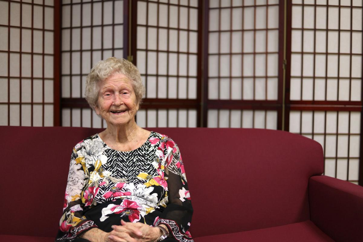 """""""It's almost overwhelming,"""" Evelyn Walker Holcombe, one of the school's oldest living alumni, said at her meet-and-greet on Tuesday. """"I just can't [believe] how Lee has stretched. It covers everything almost.""""  Photo by John David Clark, Photography Editor"""