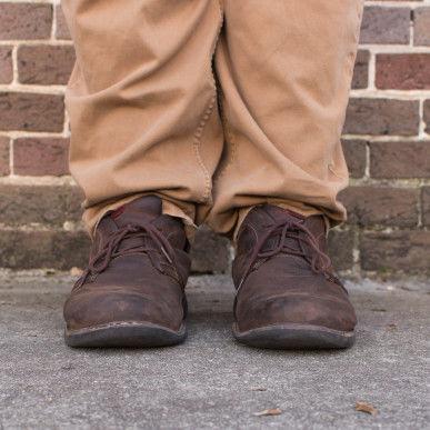Daniel Trabold's size 17 shoes (Photos: Giovana Melo)
