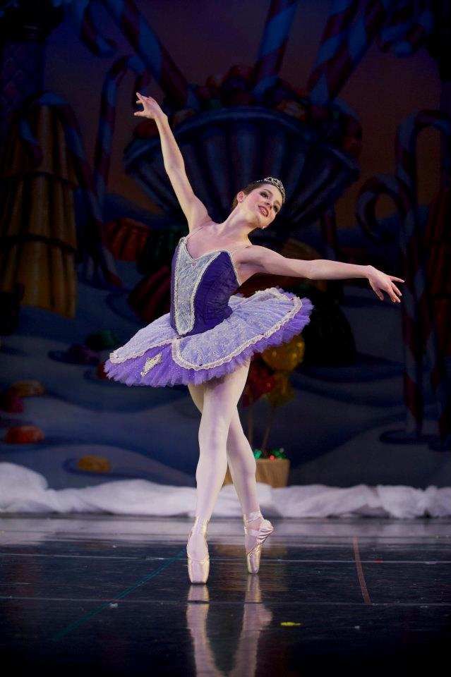 Sugar Plum Fairy - Classical ballet tutu  Photo: Troy Wayrynen (with courtesy of Columbia Dance, Vancouver, WA)