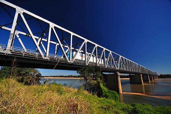 burdekin-river-bridge-south-east-river-bank (1).jpg