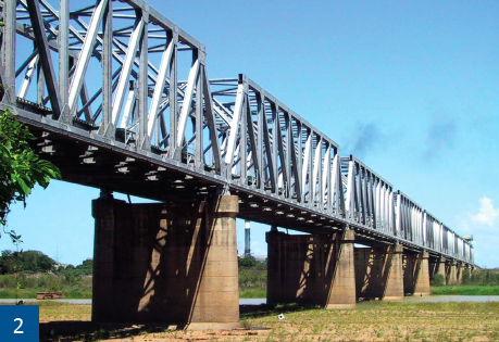 The bridge was painted in 2010 by Queensland Rail teams.