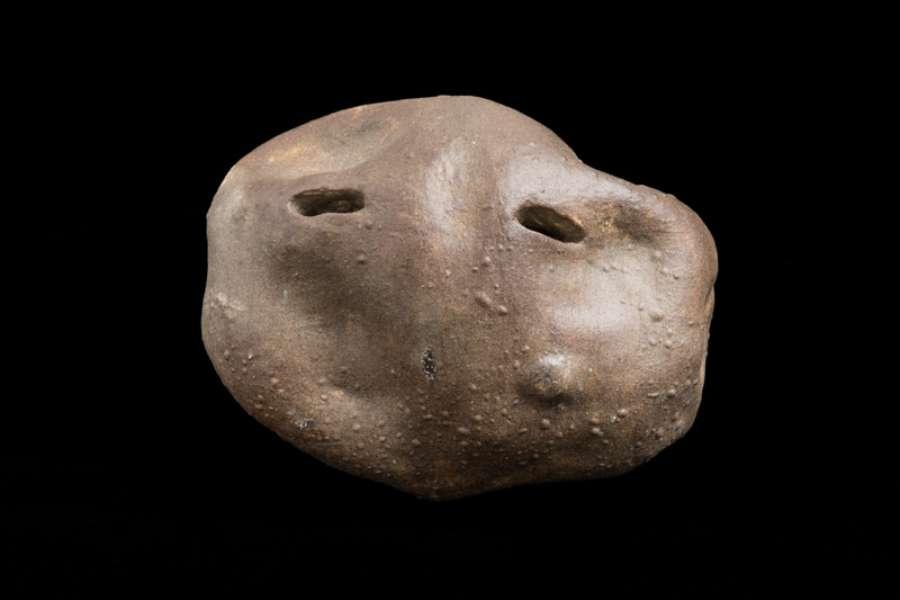 Oona Grimes 'a choir of potatoes' (detail) 2014 ceramic