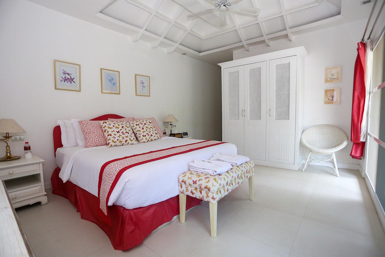 5.7 Bedroom3 in Family Suite-2.jpg