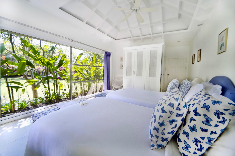 5.11 Bedroom4 in  Family Suite-2.jpg