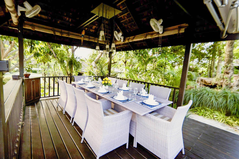 Dining Sala2-2.jpg