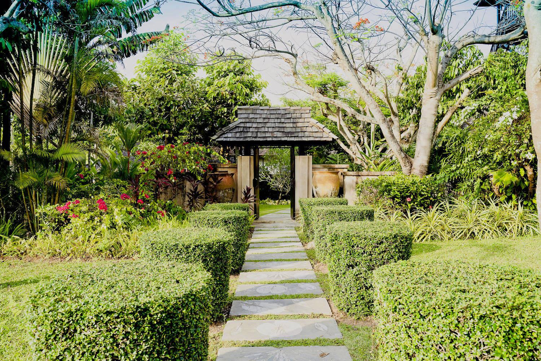Garden4-2.jpg