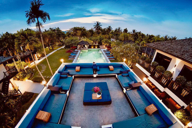 Sunset Lounge1-2.jpg