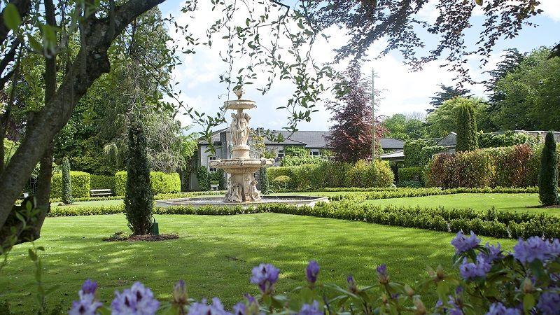 formal_gardens_2.jpg