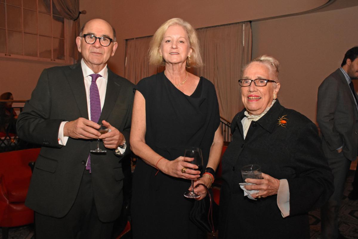 Joel Shapiro, Wendy Brandow, Joan Washburn