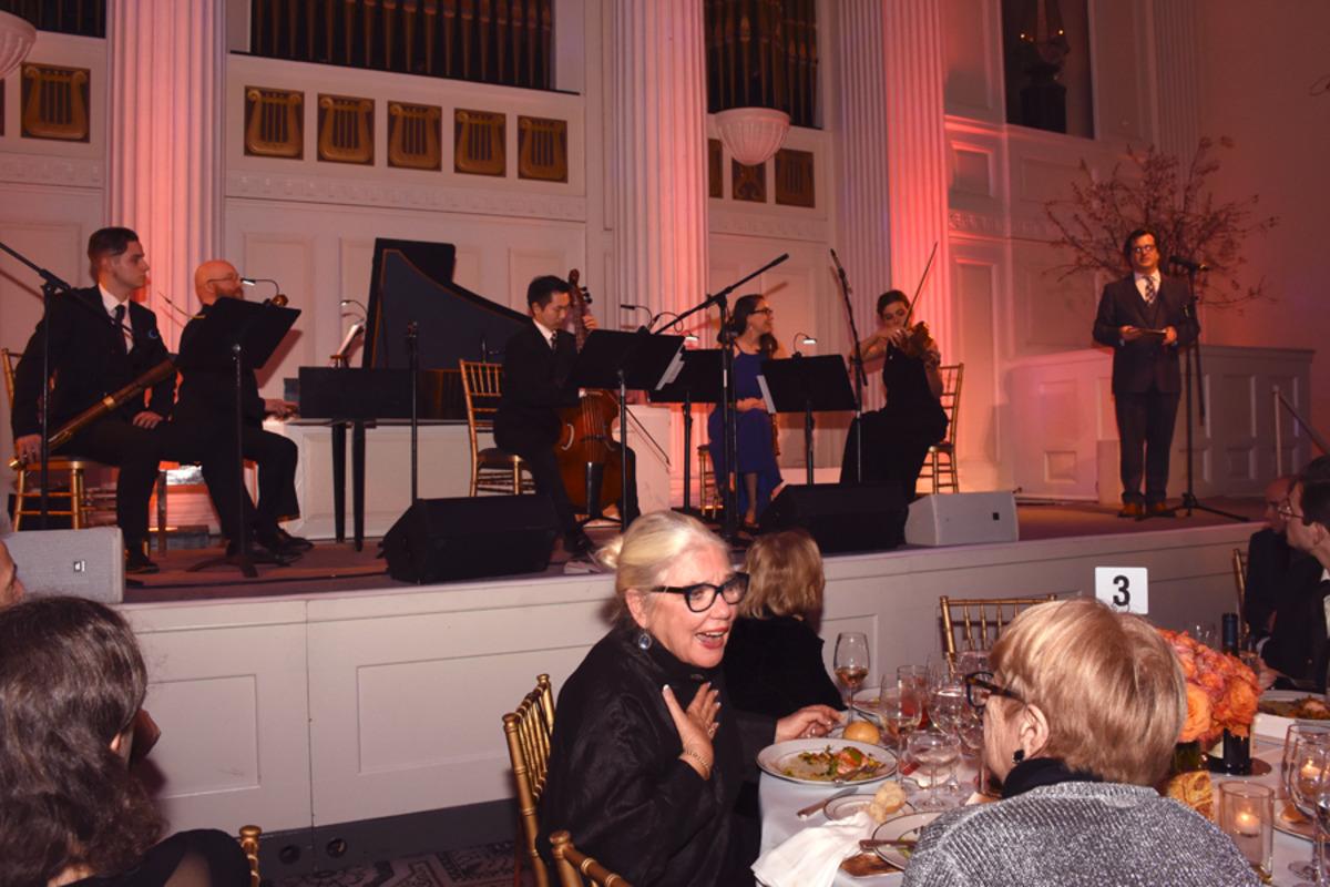New Vintage Baroque onstage