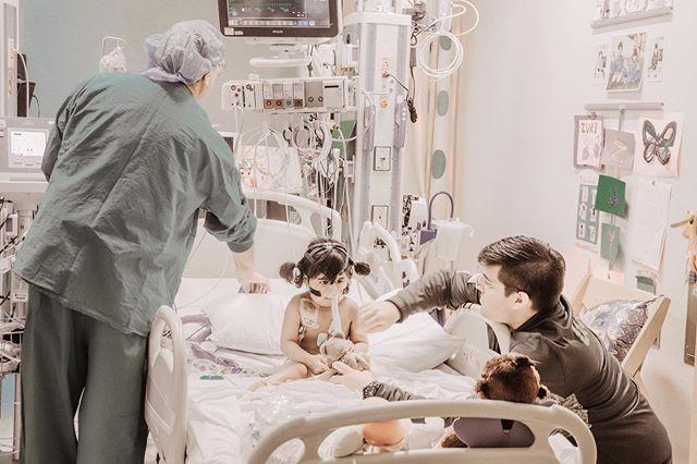 ���� ���� , ����. ��� ��� ���� ��� ��� ������� ��� �������� ��� ������ �����.(���������� �������� �����). ��'� � ���� �����, ����� ��������� ��� �� ��� ���� ���� ��� ������� ���� ����.  ��� �3 �� #thewaitinglist #iheartzuri #i��zuri #berlinheart . . . . . . #hearttransplant #organdonation #donatelifeamerica #donatelife #livelifegivelife #endthewait #beadonor #littlefighter #hearthero #heartwarrior #giftoflife #life #heartfailure #heartfailureawareness #dilatedcardiomyopathy #heartkid #heartmama #heartdad #heartparents #simplychildren #cameramama #photographysouls #bravelittlegirl #braveheart #seattlechildrenshospital #cicu