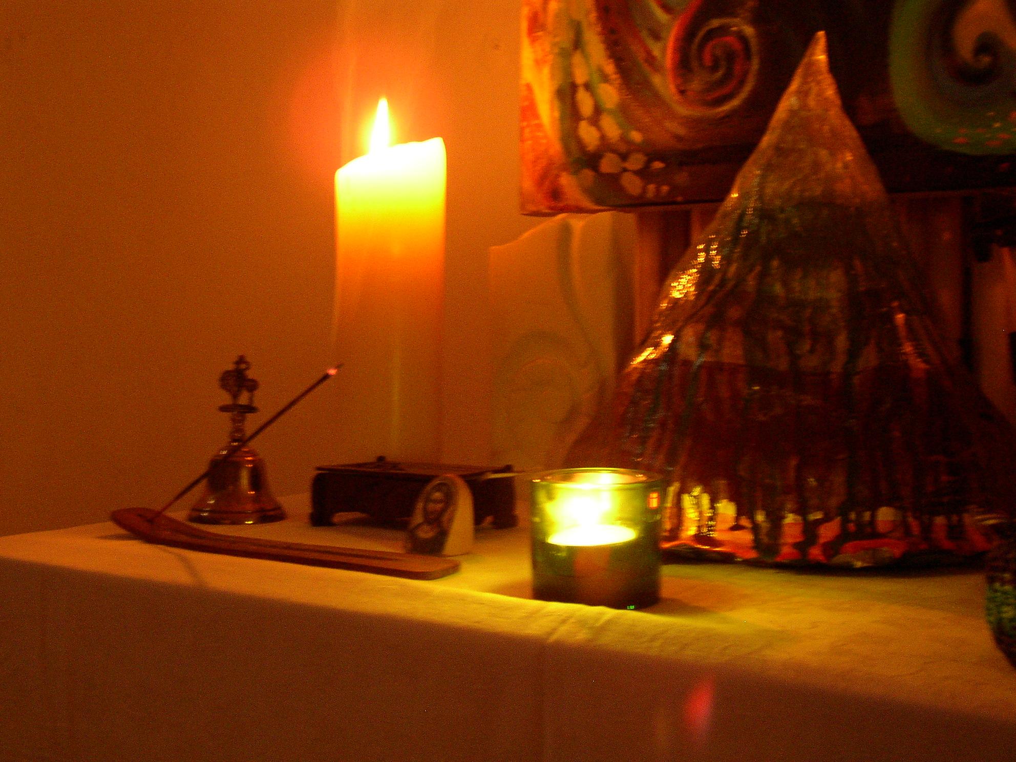 studio altar