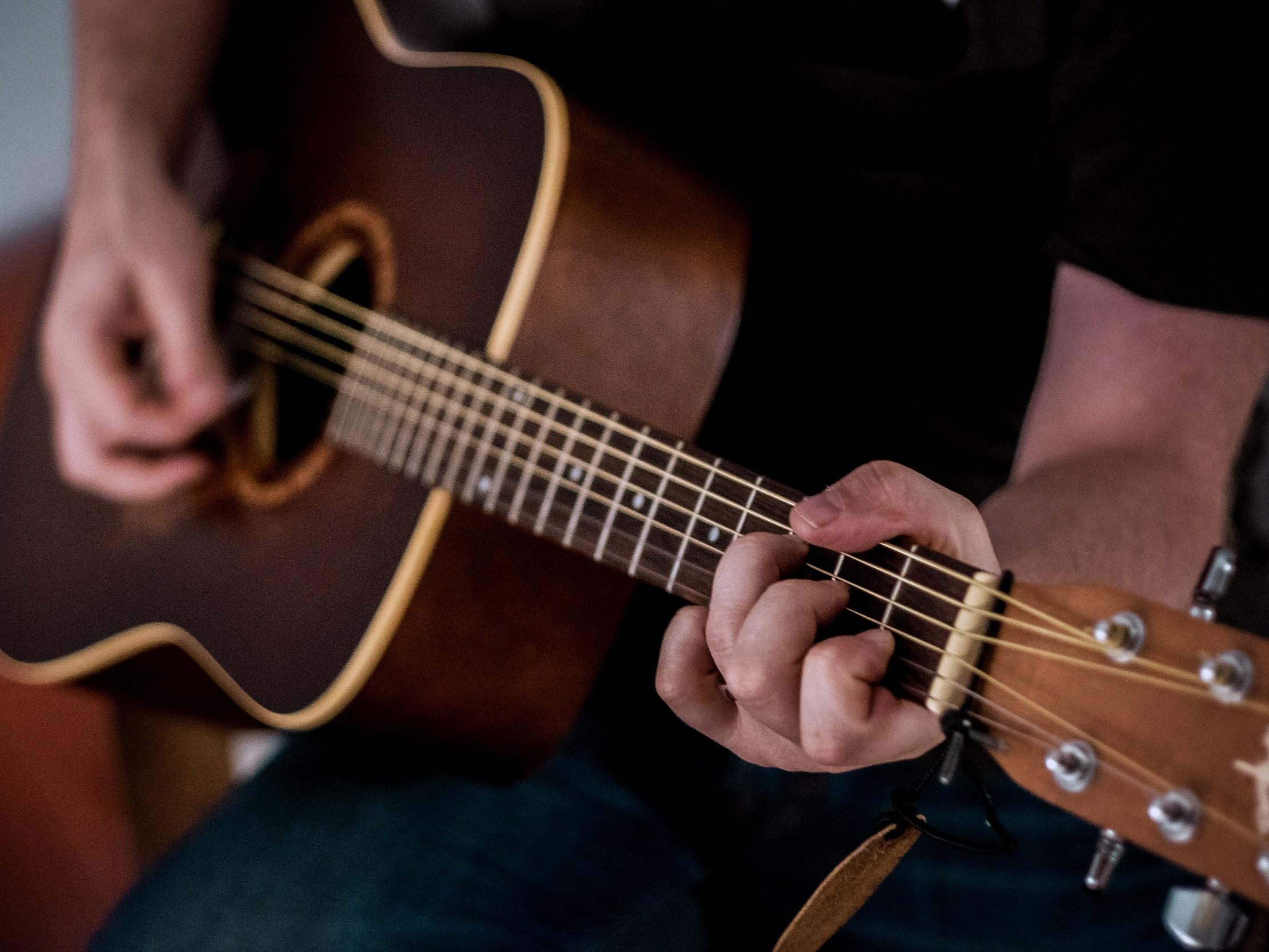 GUITAR ENSEMBLES / GUITAR ORCHESTRA