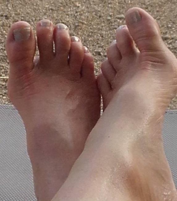 B&S - Hart & Soul feet.jpg