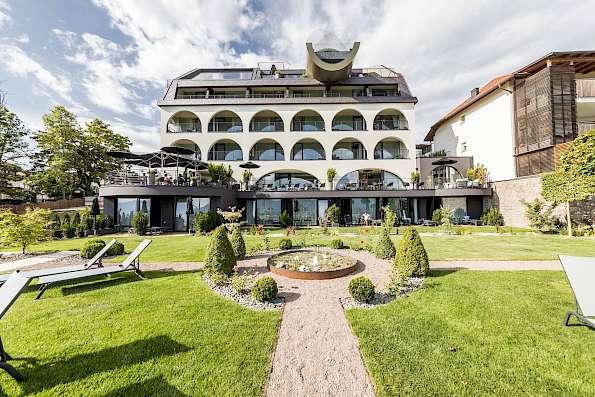 Gloriette Guesthouse | Ritten - » Hotel Opening Event