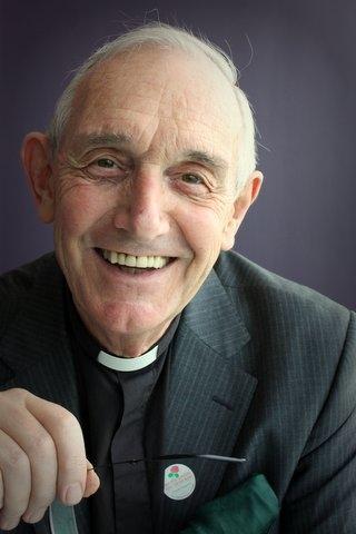 Rev Roger Royle.jpg