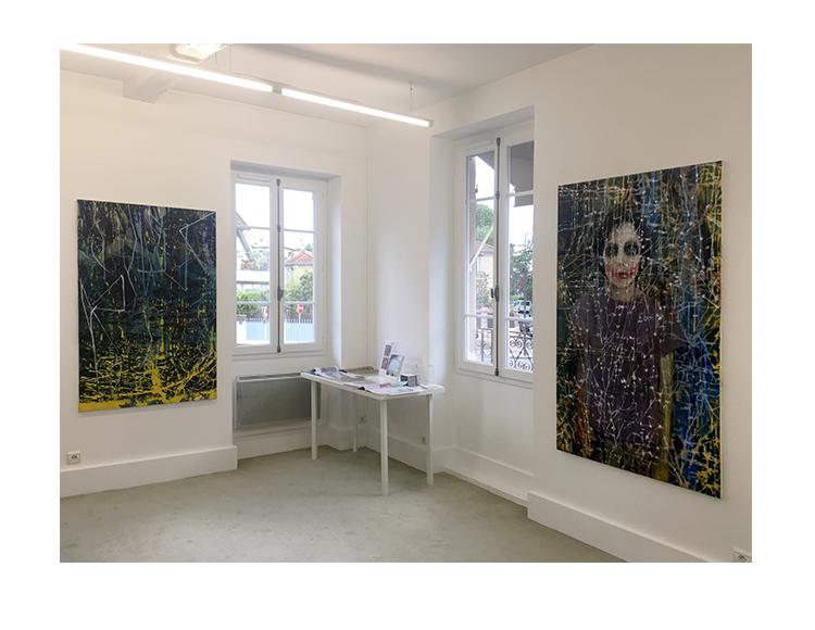 Vue de l'exposition 'Soleils Noirs'