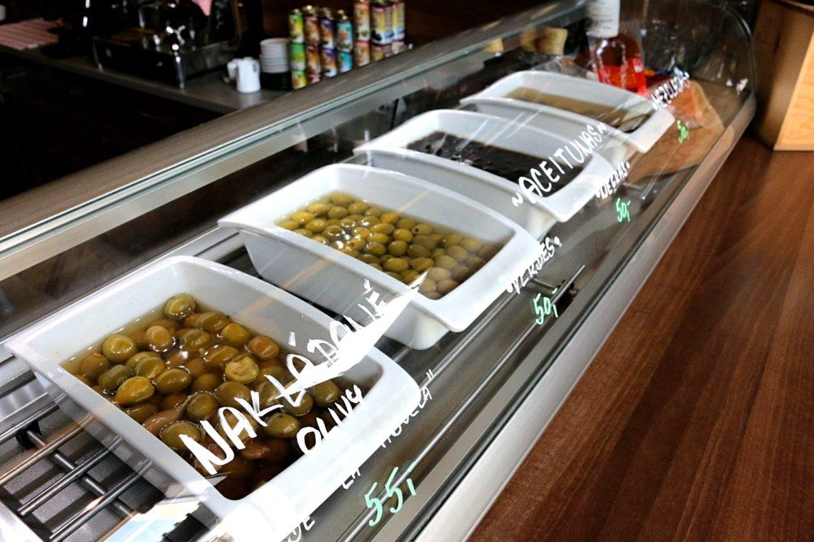 olives-2-1140x760.jpg