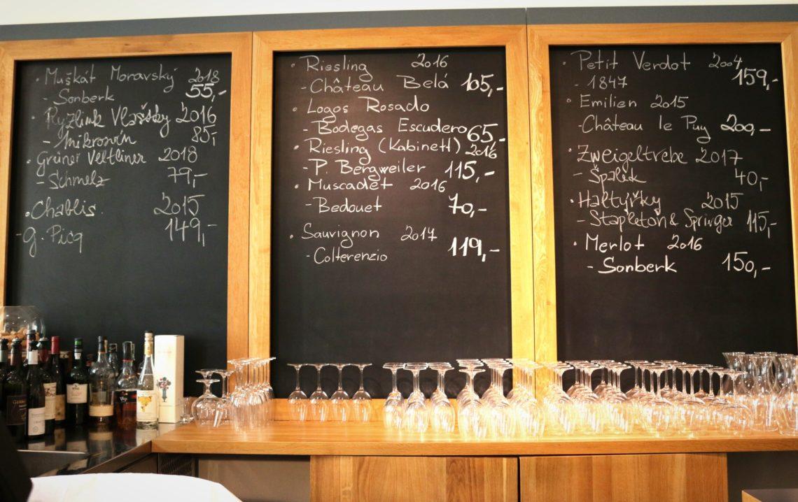 petit-cru-chalkboard-3-1140x718.jpg