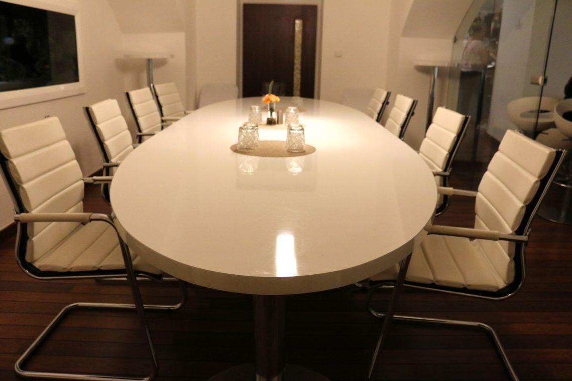 vino-klub-meeting-room-2-1140x760.jpg