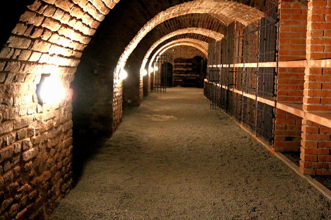 cellar-zbar-2-1140x760.jpg
