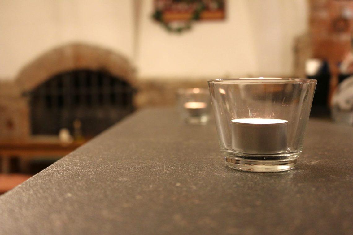 candle-zbar-1140x760.jpg